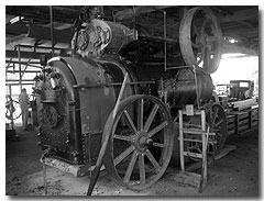 An operating steam engine at the Gayndah Museum